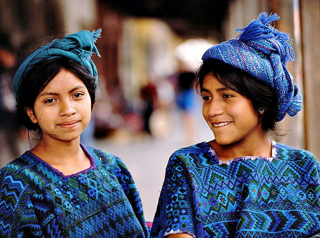 Chichicastenango_modern_day_mayans.jpg