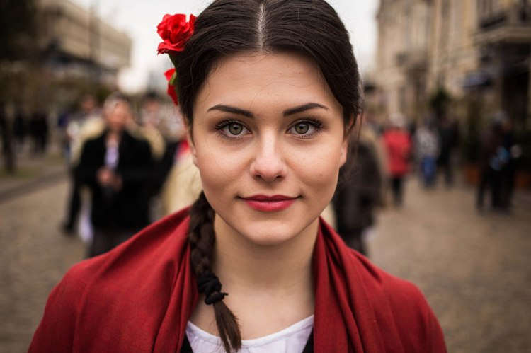 woman-beauty-atlas-mihaela-noroc-236__880.jpg